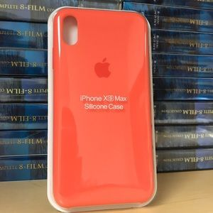 online retailer dd00b 4a47e Other - Silicone Case for iPhone Xs Max